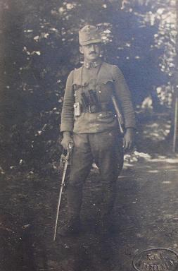 Magyar lámpa, magyar katonán az első világháború idején