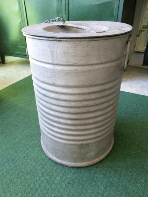 25 kg-os gépkocsizsír-acéldoboz