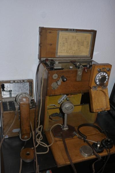 30 M. 10 vonalas kapcsoló ( telefonközpont ) kezelőszekrény-készlete