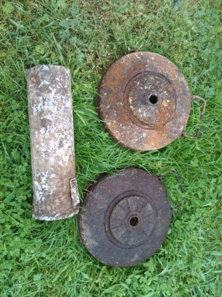 Tellermine 42 és 10 cm NBW konténer