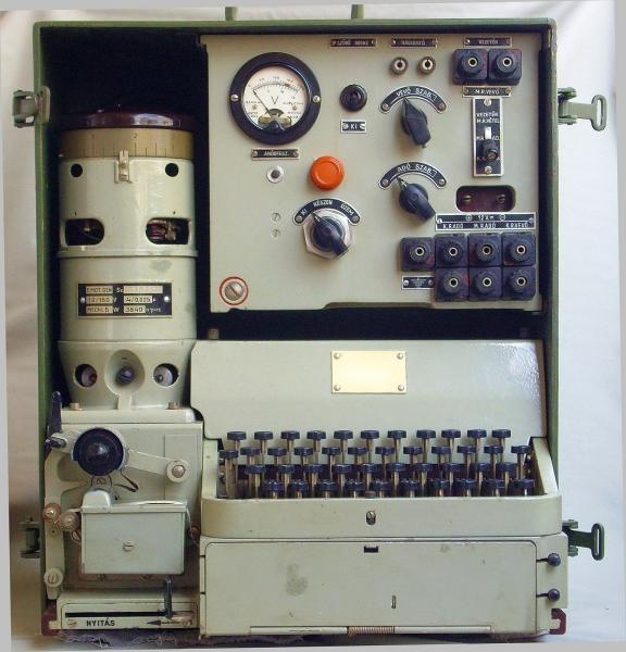 HTG-1 Hellschreiber adó-vevő masina